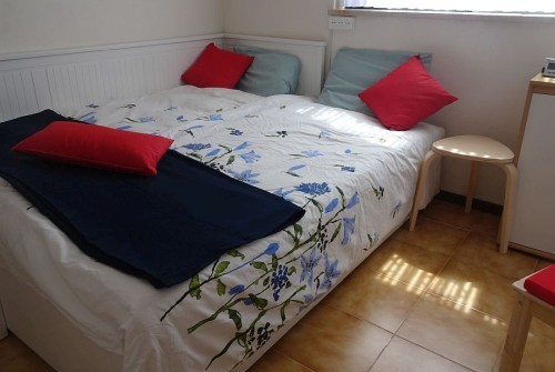 In the third sleeping room there is a 1 +1 bed, very nice for the kids.