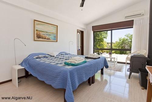 The master bedroom of Vila Maria.
